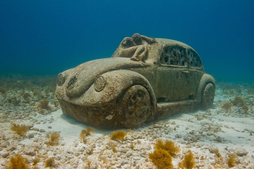 Музей скульптур на дне Карибского моря в Мексике...